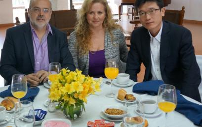 Desayuno con empresarios